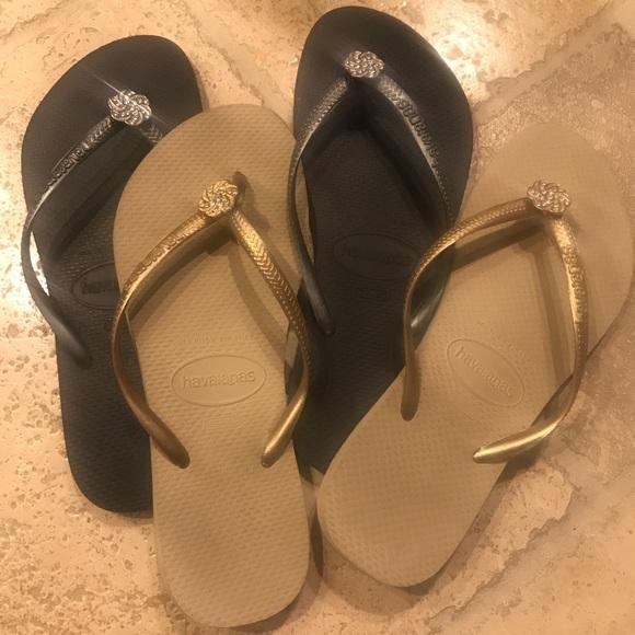 ab4937df84b28 Havaianas Shoes - 2 pair of Havaianas flip flops